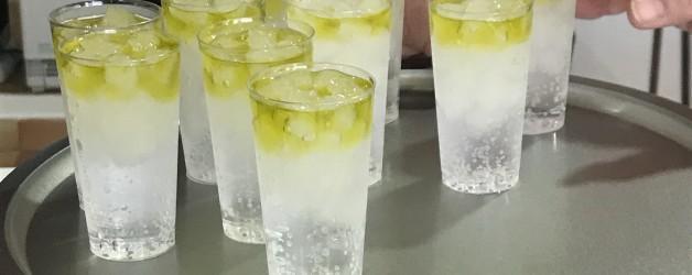 お酒と一緒に飲むオリーブオイル